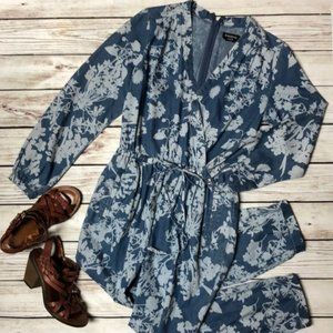 🦋 BEBE Blue Floral Long Sleeve Jumpsuit